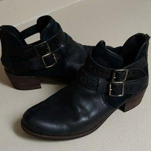 UGG Australia Patsy leather ankle boots